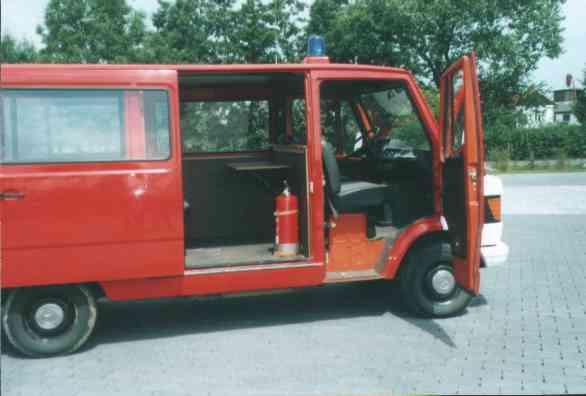 VW Bus seite Oldtimer Rockenberg 1